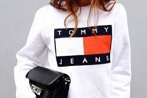 Sportowa kolekcja Tommy'ego Hilfigera - bluzy, spodnie dresowe, sneakersy