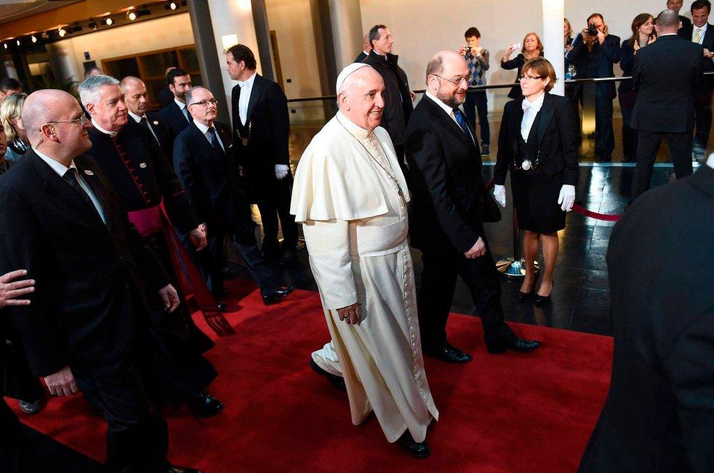 Papież Franciszek i prezydent PE Martin Schultz