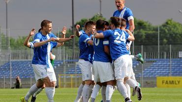 Warta Poznań - Lech II Poznań 3:3. Radość lechitów po golu na 0:1