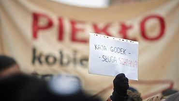 Demonstracja przeciw planom zaostrzenia ustawy antyaborcyjnej. Łódź, 23 marca 2018