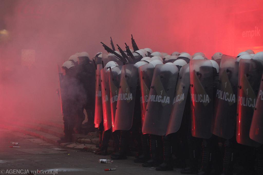 Manifestacja skrajnej prawicy 'Marsz Niepodległości'. Warszawa, 11 listopada 2020