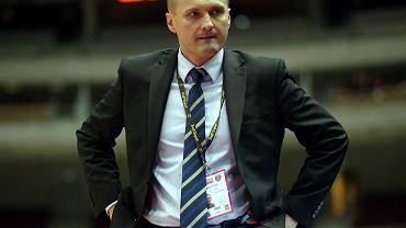 Trener Trefla Sopot Mariusz Niedbalski.