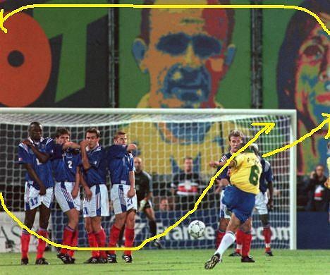 Gol Roberto Carlosa