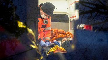 Pięciu Syryjczyków znalezionych w ciężkim stanie w lesie, w okolicy wsi Lipiny pod Hajnówką. Ratowali ich Medycy na Granicy