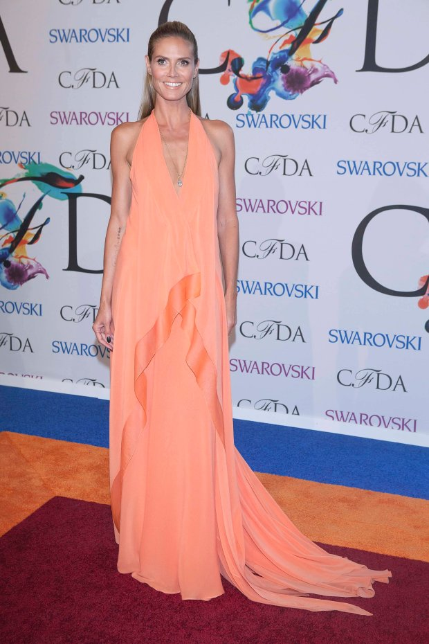 Model Heidi Klum arrives for the Council of Fashion Designers of America Awards (CFDA) at Lincoln Center in New York June 2, 2014. REUTERS/Carlo Allegri (UNITED STATES - Tags: ENTERTAINMENT FASHION)