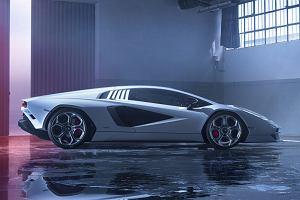 """Projektant Lamborghini Countach nie chce mieć nic wspólnego z nową wersją. """"Duch innowacji jest w nim całkowicie nieobecny"""""""