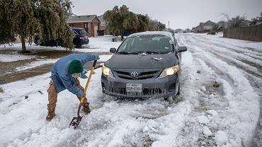 Teksas skuty lodem. Biden wyda deklaracje uznającą stan za obszar nawiedzony poważną katastrofą