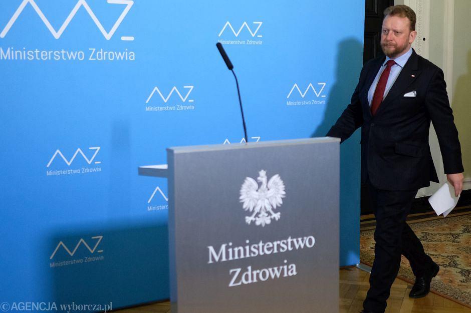 MInister zdrowia Lukasz Szumowski podczas konferencji prasowej