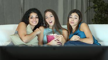Filmy o miłości nastolatków są często pełne wzruszeń i podniosłych emocji. Zdjęcie ilustracyjne, Antonio Guillem/shutterstock.com
