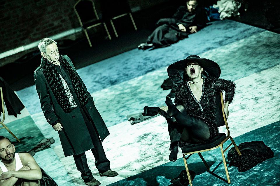 Teatr Polski w Podziemiu. Spektakl 'Poskromienie', reż. Monika Pęcikiewicz