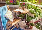 Jak urządzić mały balkon w bloku. Wyczaruj idealne miejsce na odpoczynek!