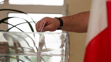 Wybory przedterminowe. Rafał Trzaskowski: Każdy dzień rządów PiS niszczy polską demokrację (zdjęcie ilustracyjne)