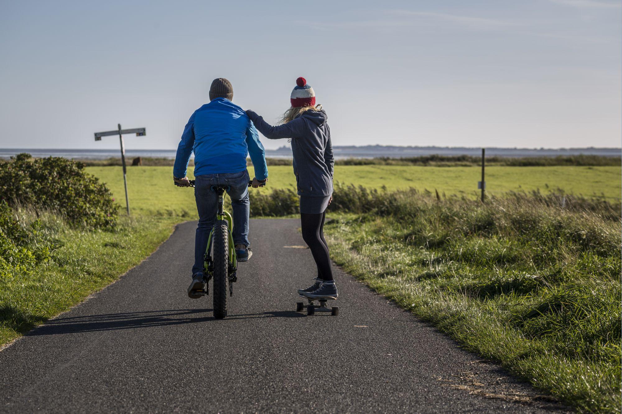 Jazda po doskonałych szlakach rowerowych to przyjemność (fot. TA.SH / JAN-CHRISTOPH SCHULTCHEN)