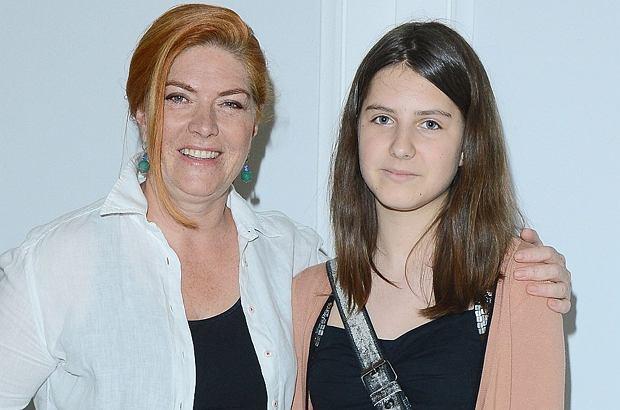 17-letnia córka z 20-letnią córką
