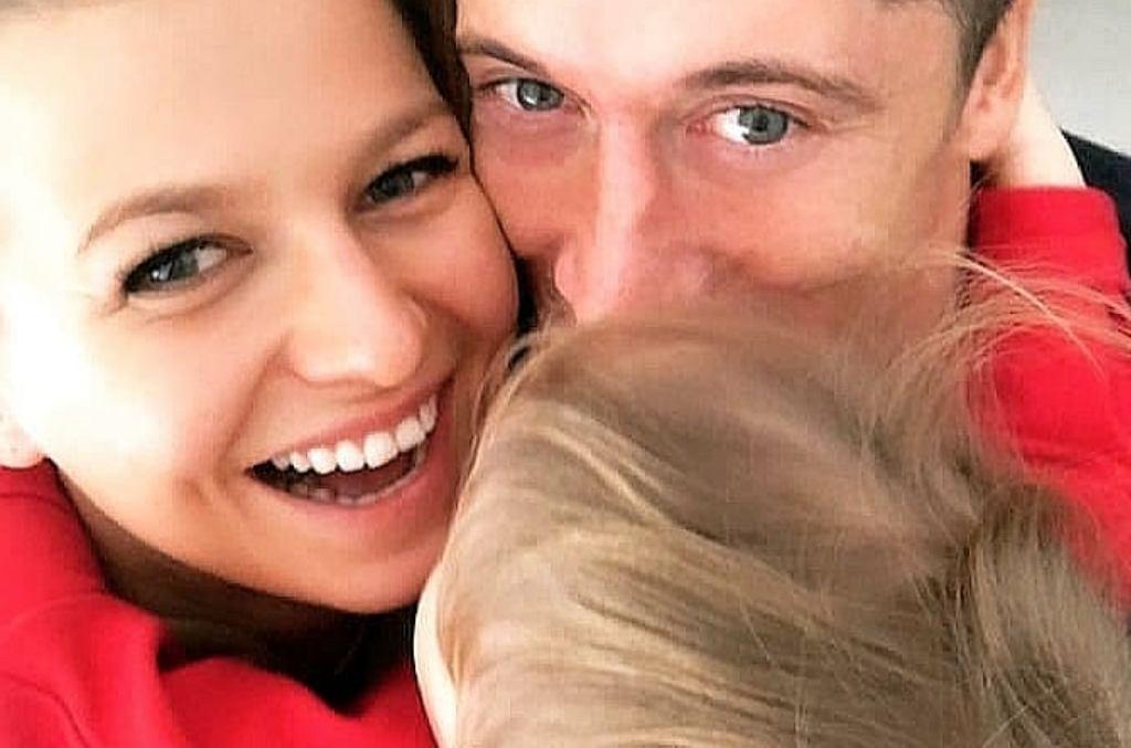 Anna i Robert Lewandowscy z Klarą