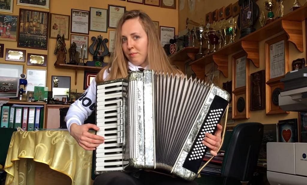 Rekord Polski - 71 instrumentów - Natalia 'Jasinka' Jasińska - E. Presley 'Love me tender'