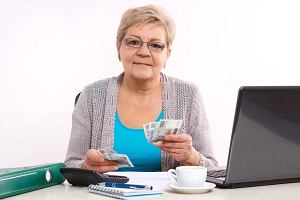 Kobiety płacą za posiadanie dzieci emeryturą niższą o 40 proc. Parlament Europejski uchwalił rezolucję w tej sprawie