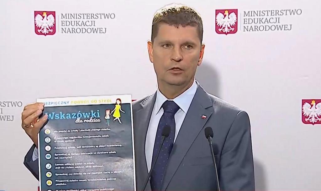 Minister Piątkowski o nauce w szkole od 1 września
