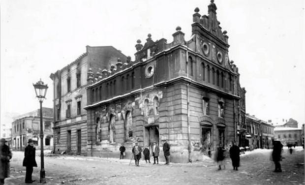 22 listopada 1918 r., spalona synagoga we Lwowie