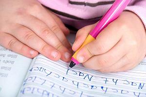 Dysgrafia - co to, objawy, diagnoza. Jakie są ćwiczenia na dysgrafię?