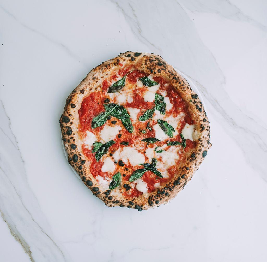 Pizza z restauracji Pizzaiolo