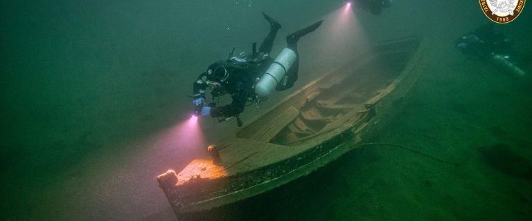 TOPR podzielił się zdjęciami z nurkowania w Morskim Oku. Niezwykły skarb na dnie