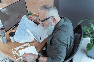 Kto w IT zechce 50-latkę? Będą zmiany w ochronie emerytalnej