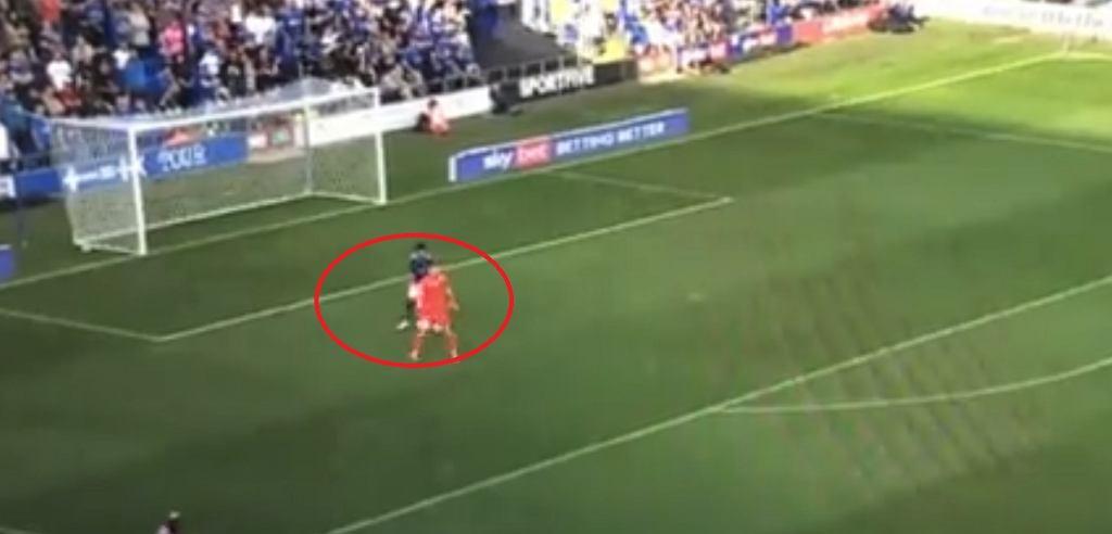 Kuriozalny gol w League One w Anglii