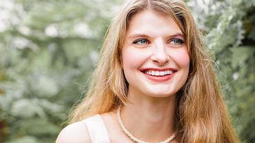 Była więziona i gwałcona przez mężczyznę poznanego w sieci