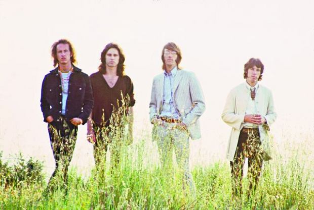 The Doors w 1968 r. Jim Morrison drugi z lewej. Drugi z prawej zmarły niedawno Ray Manzarek