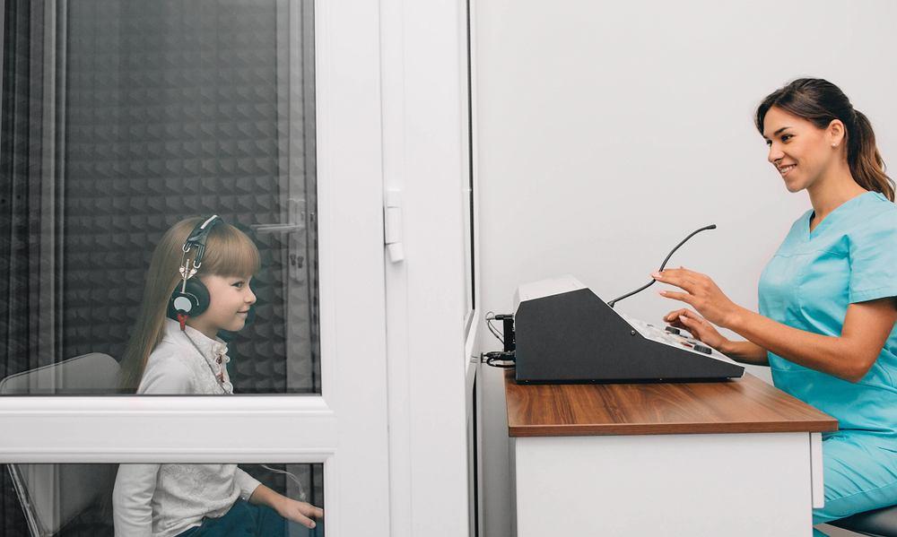 Audiogram to wynik badania audiometrycznego, inaczej tonalnego progowego badania słuchu.