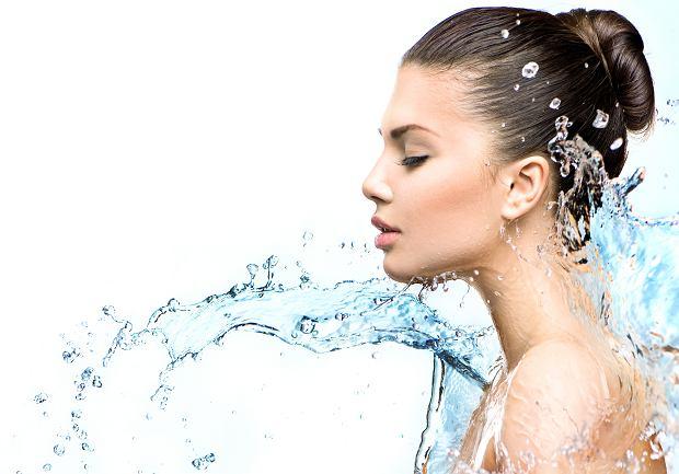 Nawilżanie skóry jest niezbędnym elementem letniej pielęgnacji