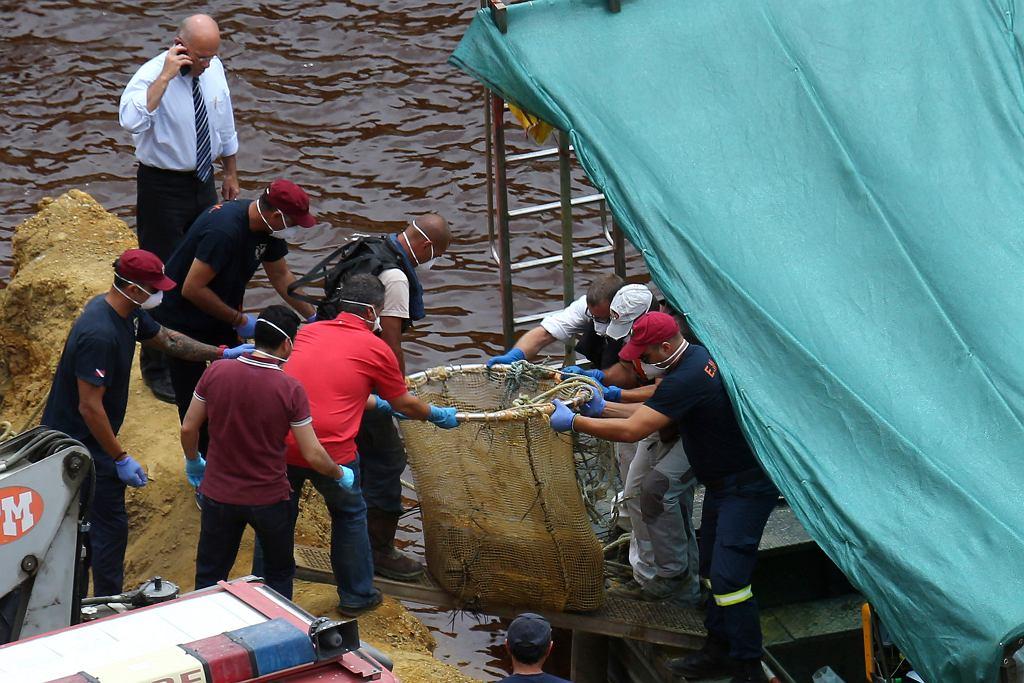 Ostatnia z ofiar 'pierwszego seryjnego mordercy z Cypru' odnaleziona. Ciało 6-latki w jeziorze