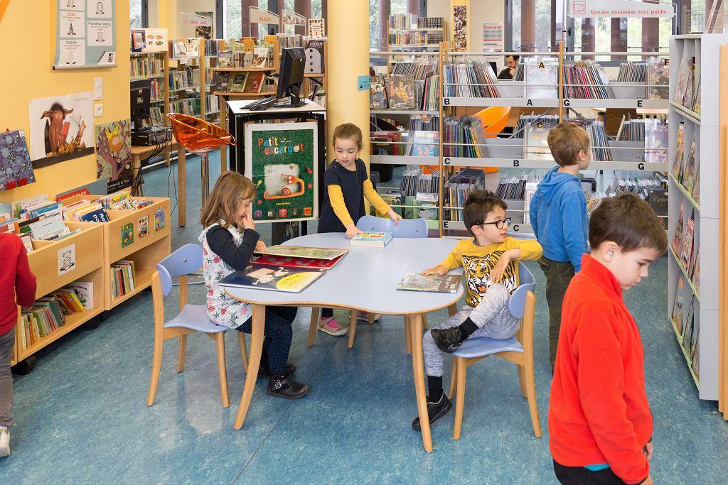 Od 11 maja we Francji dzieci mogą chodzić już do szkół i przedszkoli