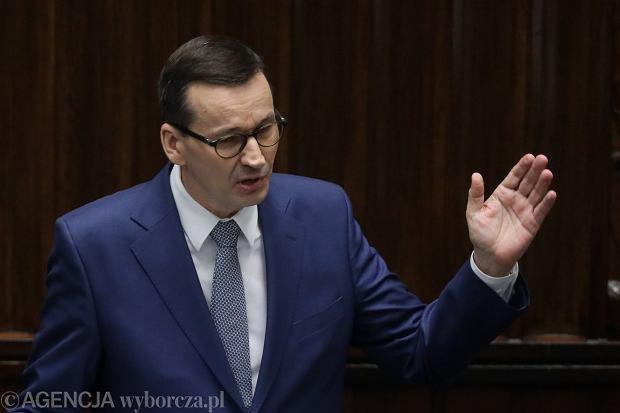 Rząd wprowadza pomysł znanego przedsiębiorcy, Morawiecki chce zwolnić firmy z CIT