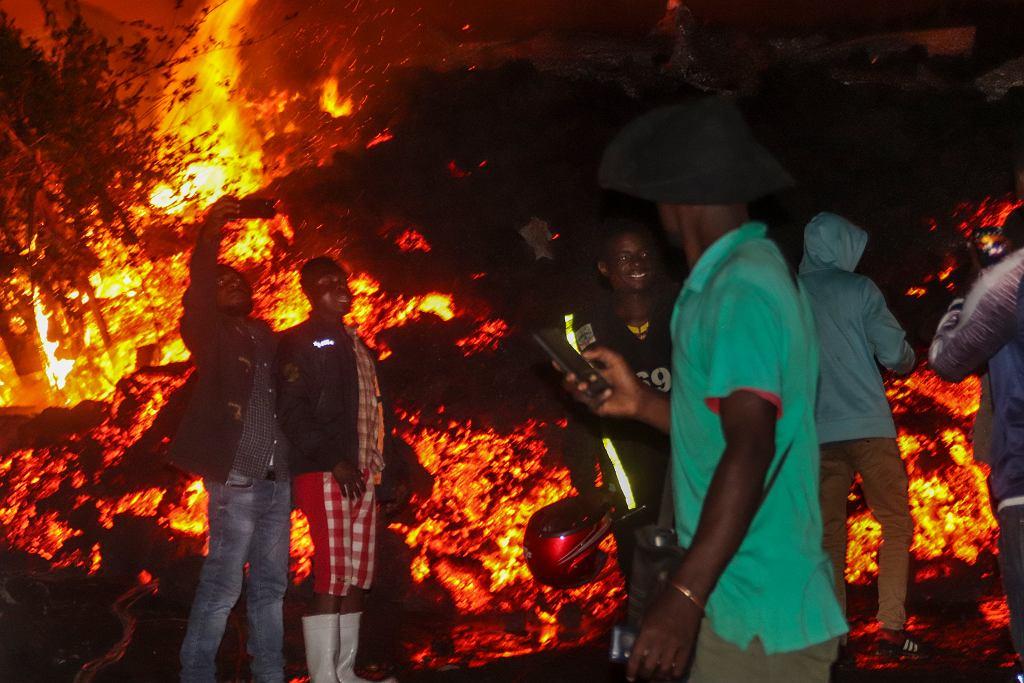 Pożar po wybuchu wulkanu w Gomie