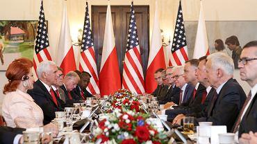 Wizyta Mike'a Pence'a w Polsce