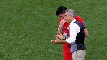 Robert Lewandowski i Paulo Sousa podczas meczu Polska - Szwecja na Euro 2021. St. Petersburg, Rosja, 23 czerwca 2021