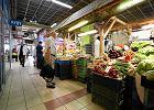 Drożeje paliwo, spadają ceny owoców. Ceny wzrosły średnio o 2 proc.