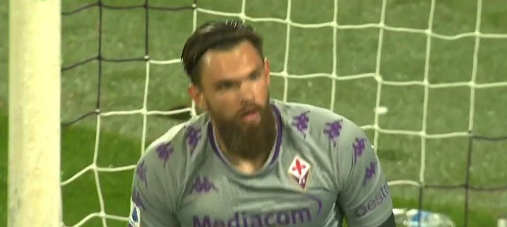 Bartłomiej Drągowski w meczu Fiorentina - Udinese