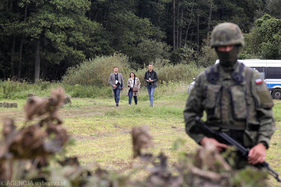 Usnarz Górny. Migranci na granicy polsko-białoruskiej