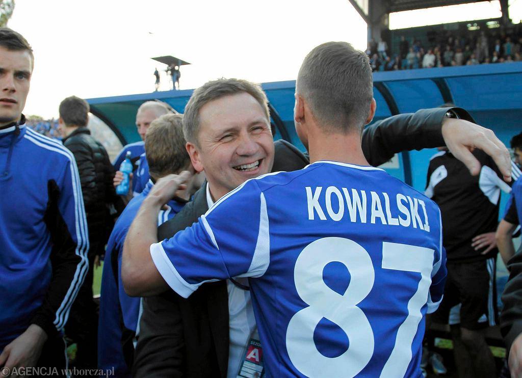 Mirosław Mosór (z lewej) i Jakub Kowalski, były piłkarz Ruchu