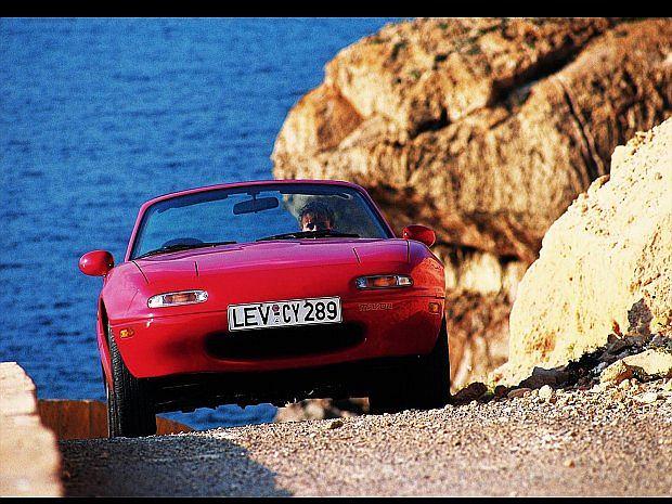 W Europie MX-5 pojawiła się dopiero w maju 1990 roku