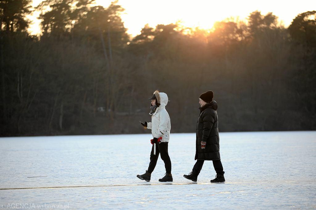Długoterminowa prognoza pogody. Synoptycy prognozują, że w Wigilię nastąpi ochłodzenie (zdjęcie ilustracyjne)