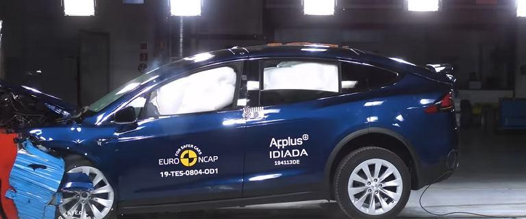 Euro NCAP rozbija Teslę Model X, Porsche Taycana i Skodę Octavię. Wszyscy na pięć gwiazdek?