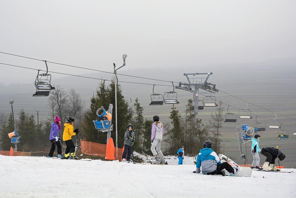 Stoki narciarskie będą otwarte. Znamy wytyczne