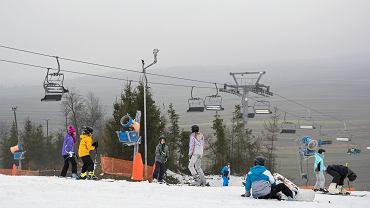 Są szczegóły otwarcia stoków narciarskich. Kto może jechać jedną gondolą?