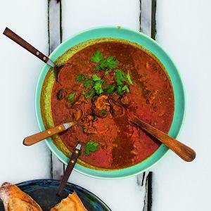 Wołowa zupa gulaszowa