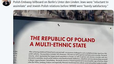 Tablica na wystawie ambasady RP w Berlinie