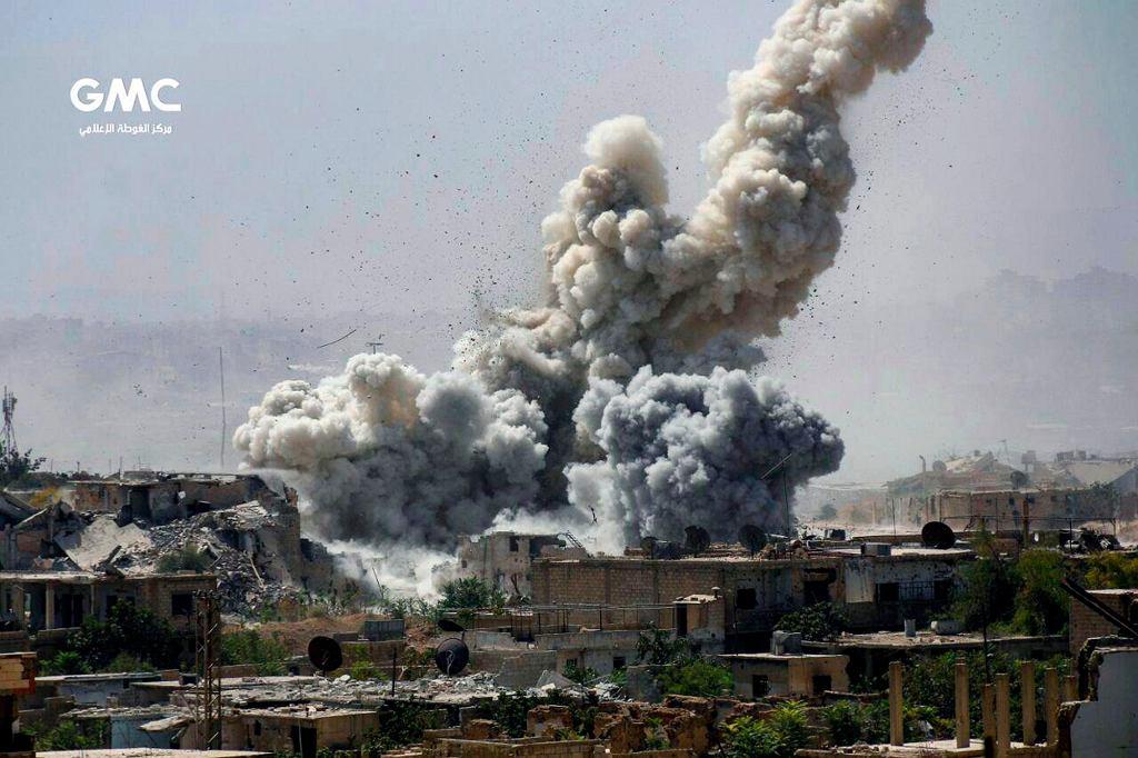 Efekt nalotu na przedmieściach Damaszku